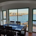 6 pax dining area